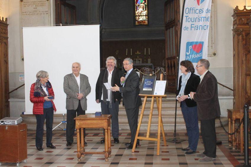 Label d 39 argent pour l 39 office du tourisme beaujolais vignoble communaut de communes sa ne - Office tourisme beaujolais ...